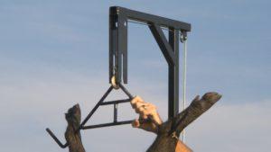Hunting Made Easy  Hitch Hoist Swivel Gambrel  360 Degree Swiveling Shaft